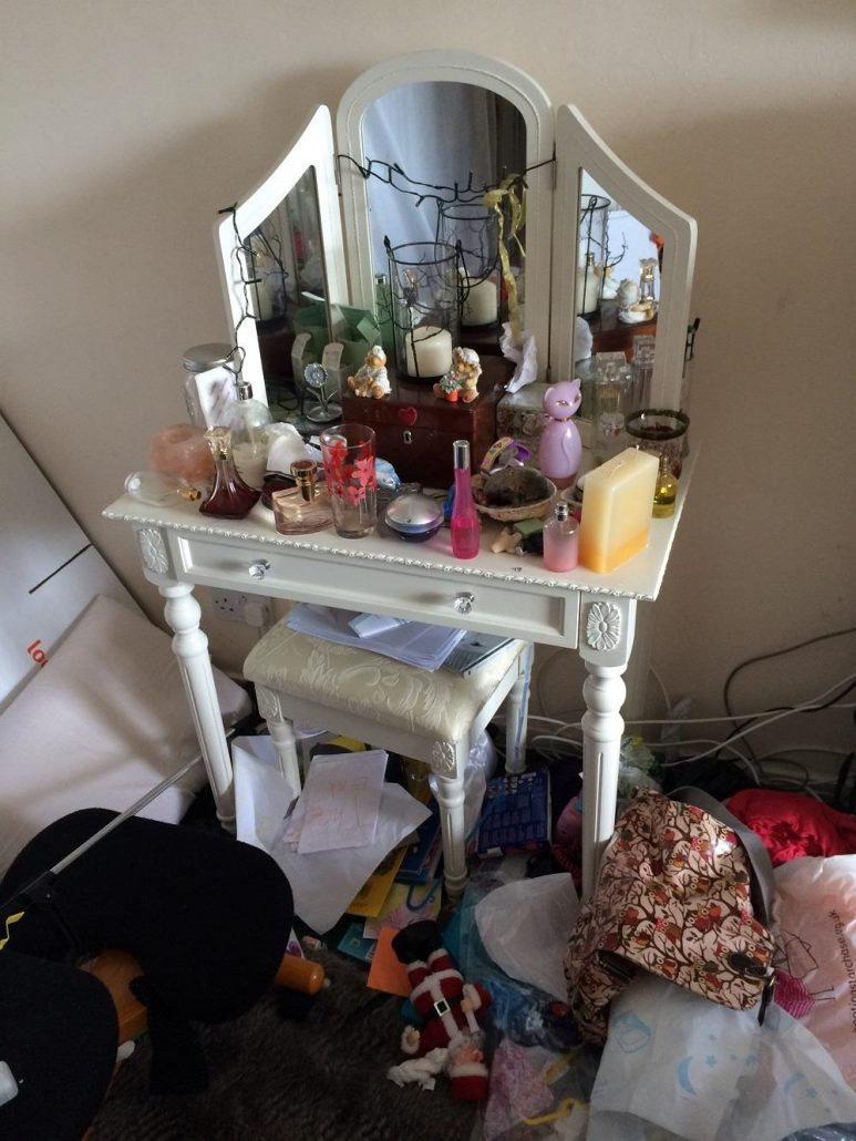 bedroom clutter Copyright Rightsize 2017